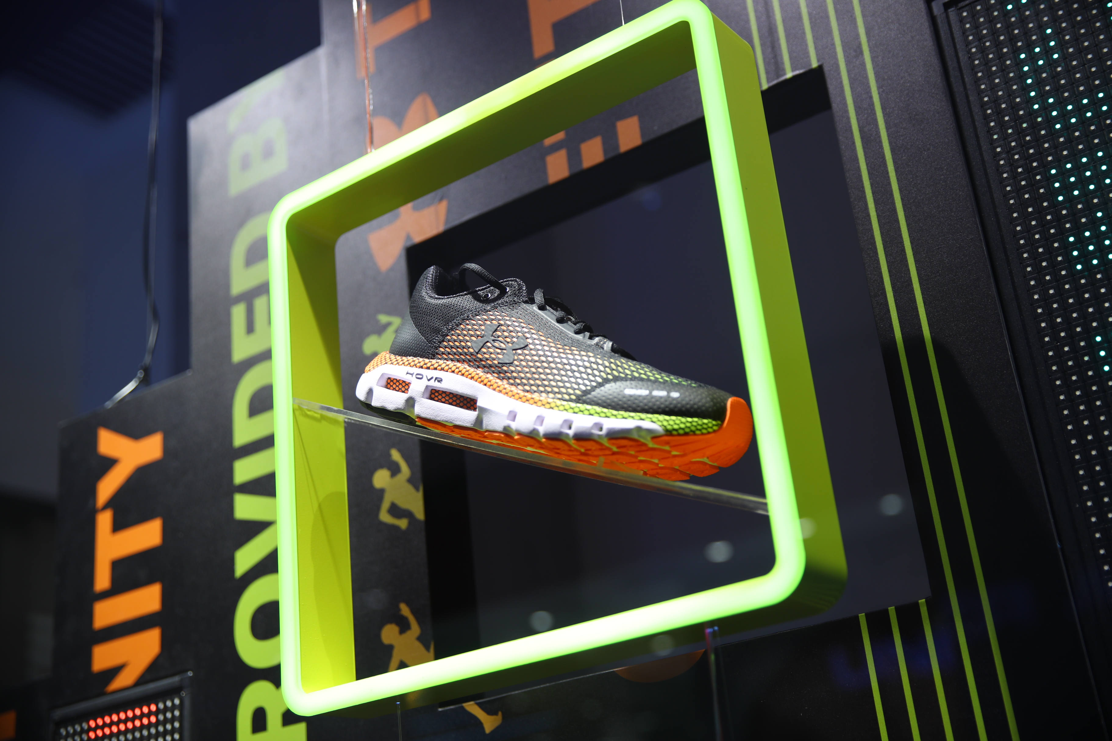 premium selection 98f78 75f6e Under Armour Launched Its 1st Digital Smart Shoes In ...